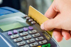 Prohibido cobrar con diferencia al pago en efectivo o con tarjeta en un sólo pago