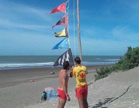 Día Nacional del Guardavida – Todas las banderas recuerdan su importante tarea