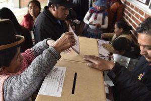 """""""Trabajamos de manera colectiva y mancomunada"""" – Elecciones en Bolivia – Inauguración sede local partidaria – Ronald Rejas"""