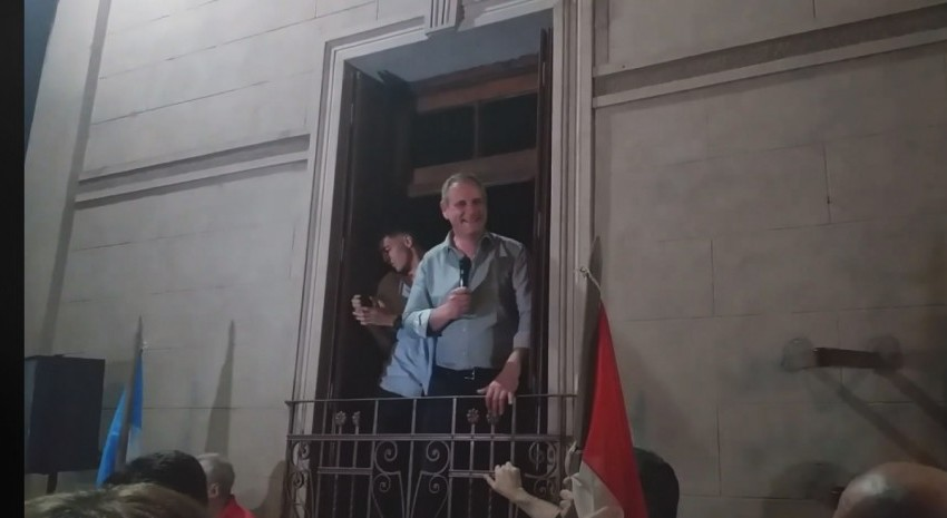 """""""Es momento que nos pongamos todos los argentinos a trabajar en conjunto"""" – Santoro reelecto"""