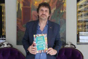 """""""El libro surgió a demanda de los chicos y de la sociedad"""" – Verano Planeta con Felipe Pigna"""