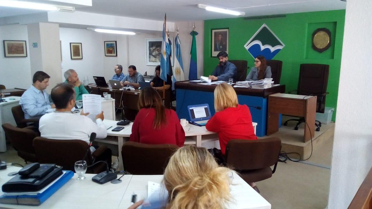 Primera sesión ordinaria con 29 puntos – Pasos a archivo en su mayoría y algunas bajadas a comisión
