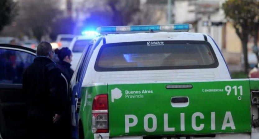 Policía asaltada y herida; accidente de menor aplastada por camioneta, escruches varios